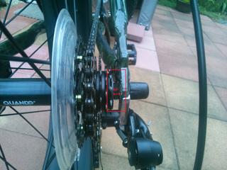 ファットバイクのチェーン落下対策1